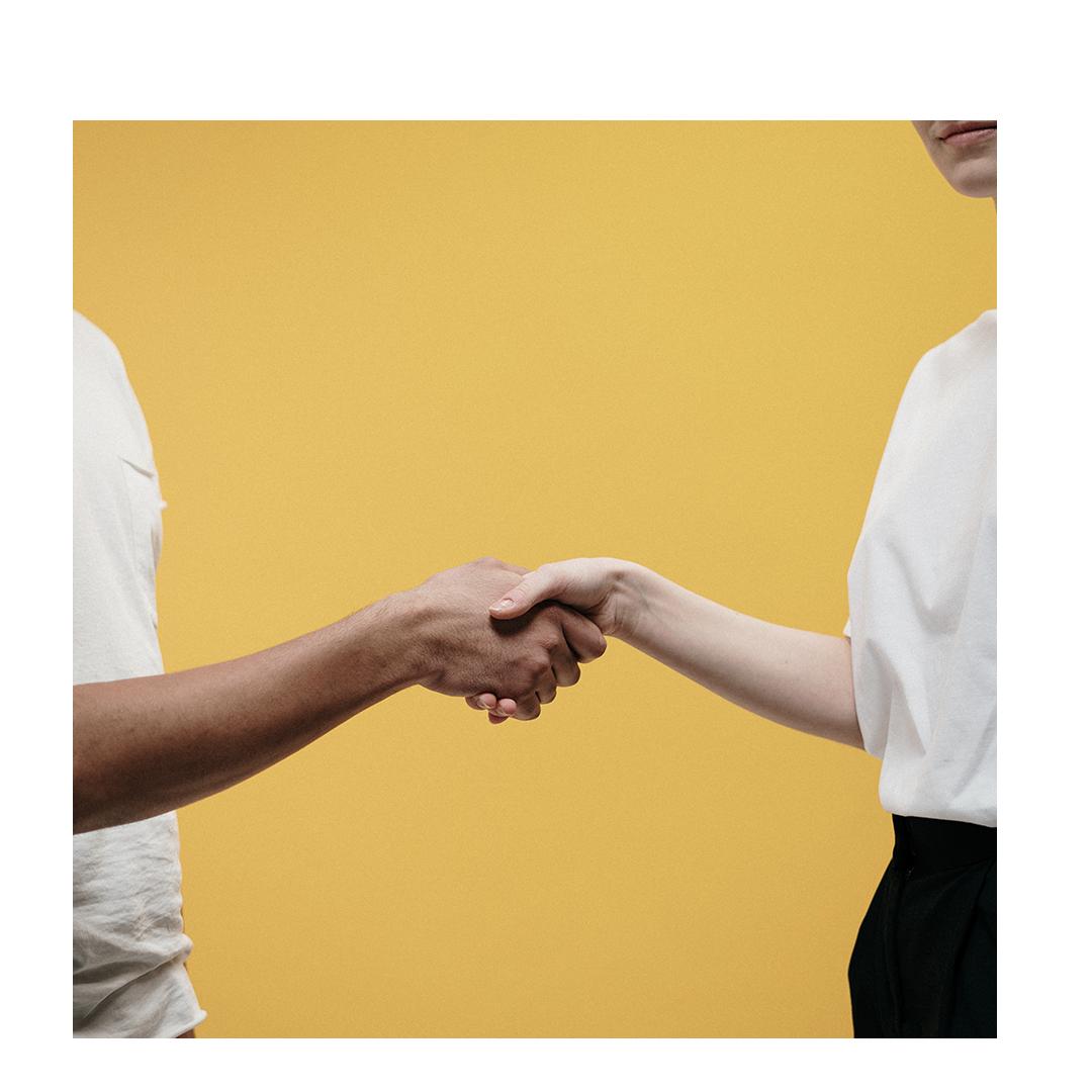Handshake chat bubble